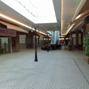 M1 Outlet Center